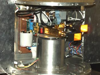 In questa foto si vede il sensore per la telemetria laser.
